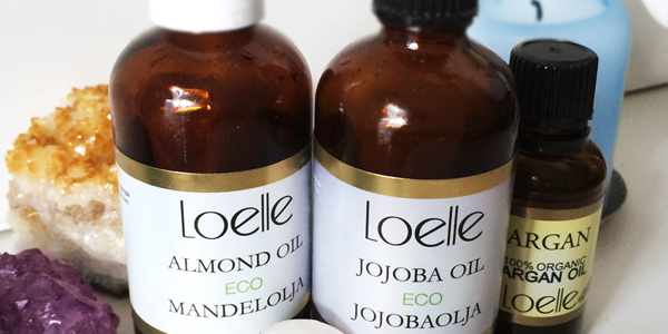 Ekologiska kallpressade oljor till ansikts- och hårvård