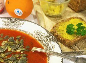 Spoons zucchini och tomatsoppa