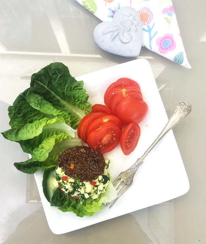 scrambled tofu rödbetsbröd vegan glutenfri
