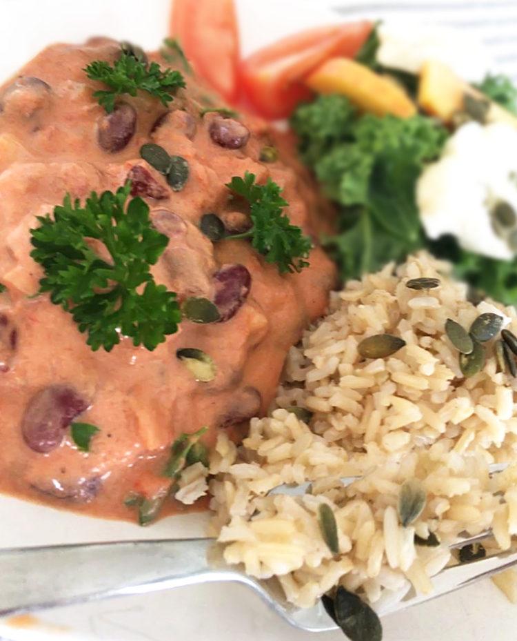 Vegansk bönstroganoff med ris.